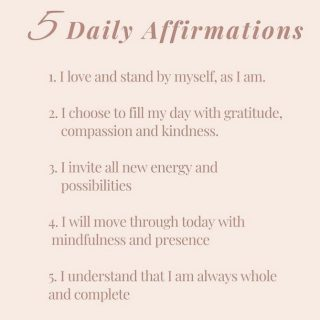Kick start your week with these super powerful Affirmations! ❤️  The energy with which we start our day makes all the difference!  So be mindful of your thoughts abs vibrations, and start Monday with these positive statements! . . . . . . . . . . . #thelightwithin #devina #mondaymotivations #mondaymotivation #affirmationsoftheday #affirmationsdaily #weeklyaffirmation #affirmationpositive #dailyaffirmations #positiveaffirmations #mondaymantra #positivethoughtsonly